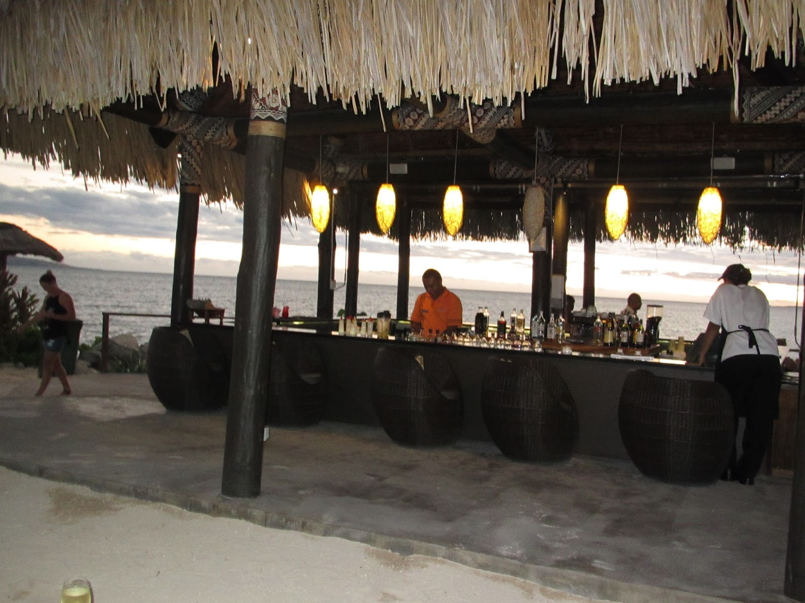 Wyndham Fiji bar