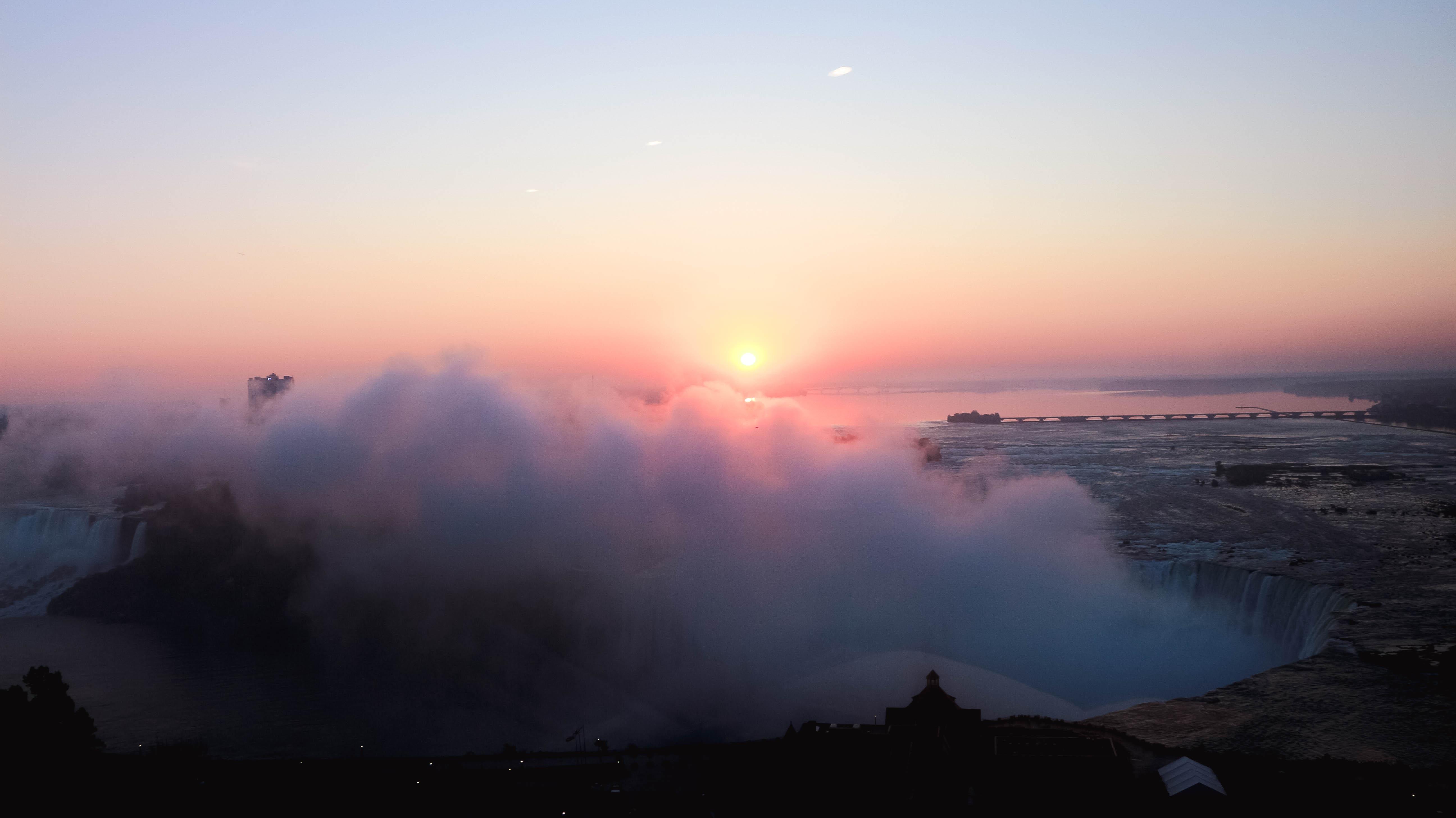 waking up in Niagara Falls blog