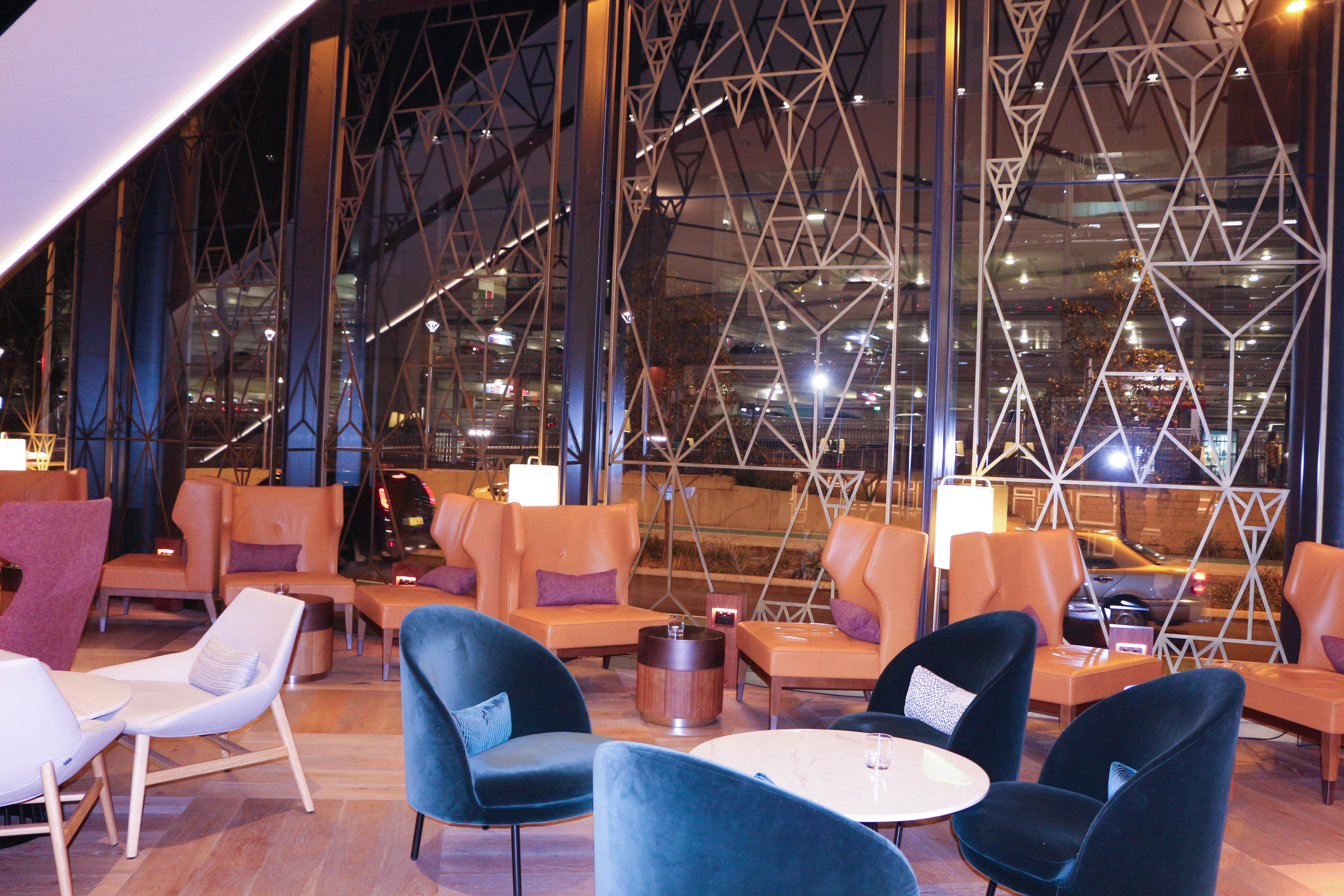 Sofitel Darling Harbour lounge