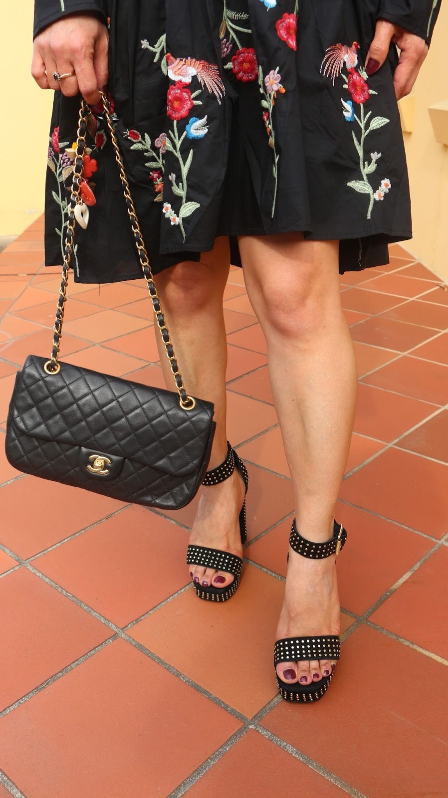 How to wear studded sandals