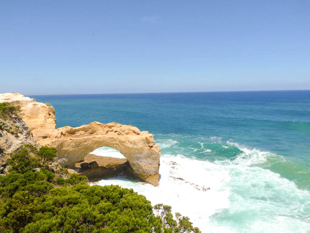 The Arch in great ocean road review