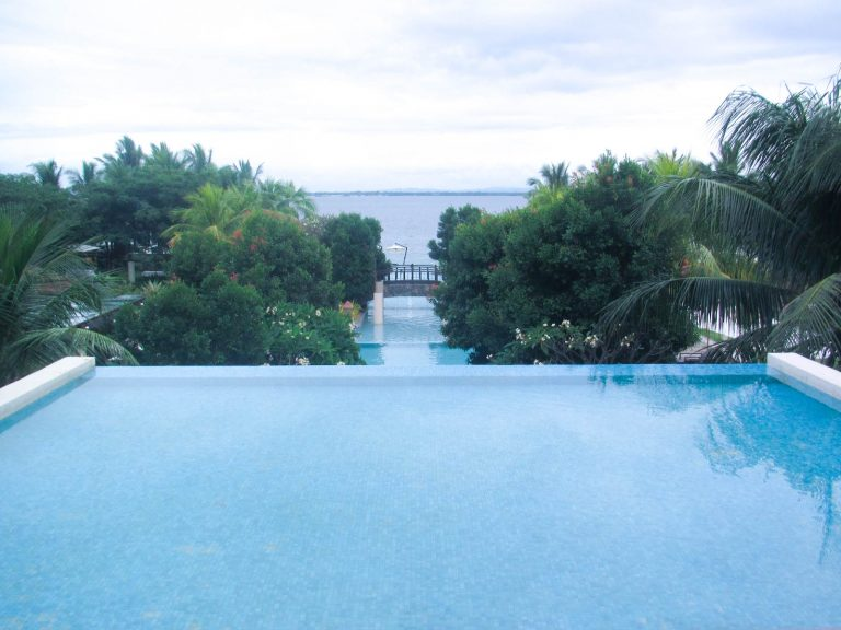 Crimson Resort Cebu review