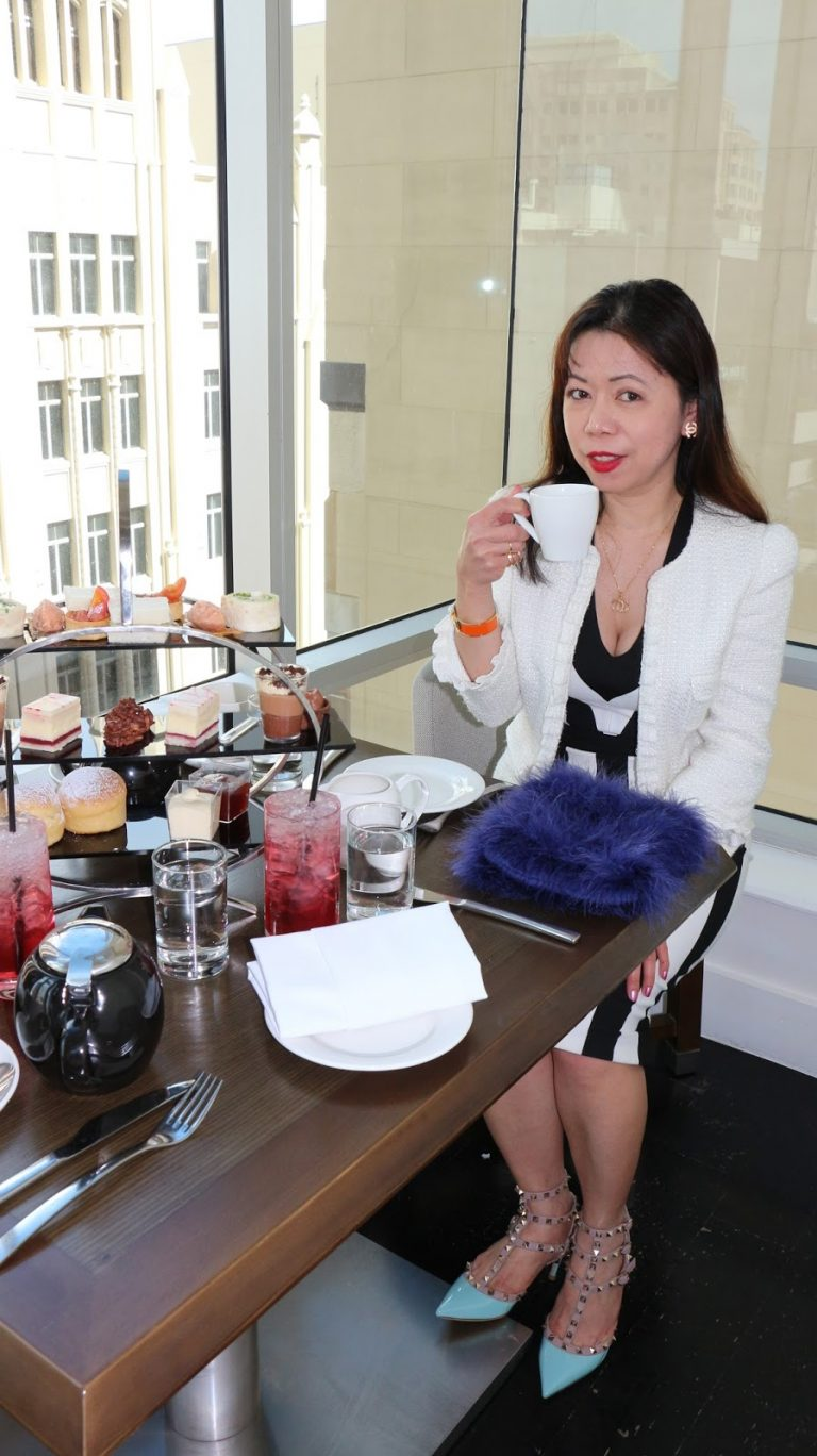 what to wear to high tea