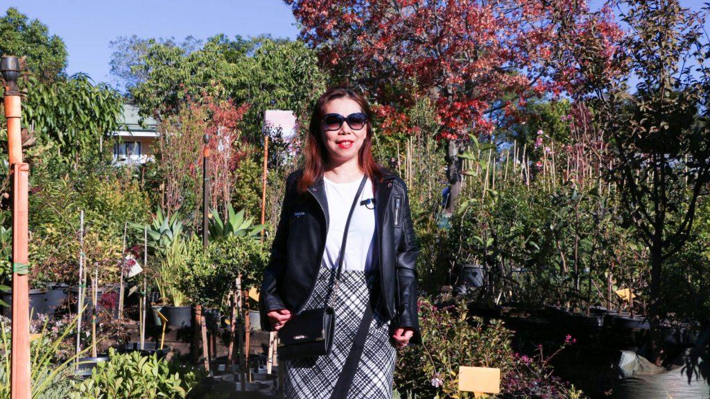 How to wear tweed skirt